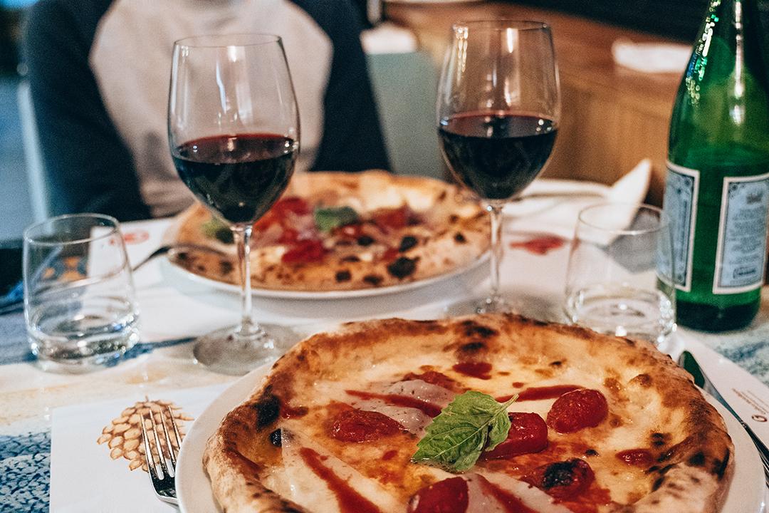Saporì Pizza e qualcos'altro restaurants naples coté amalfitaine